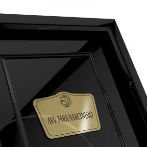 Targhetta in ABS per porta Gold con testo Inciso tipologia Sagomata 1