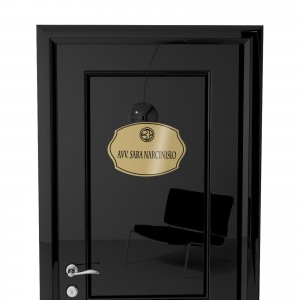 Targhetta in ABS per porta Gold con testo Inciso tipologia Sagomata 2