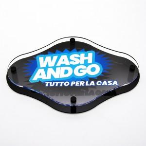 Targa Doppia Lastra in Plexiglass Nero Lucido e Trasparente Stampata Rombo Arrotondato